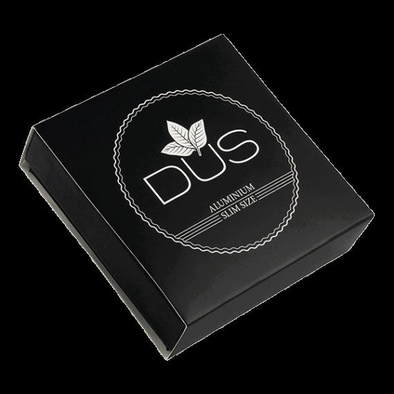 Kartong till aluminiumdosa DUS för portionssnus i slimmad form - Beställ från Snusfabriken.com