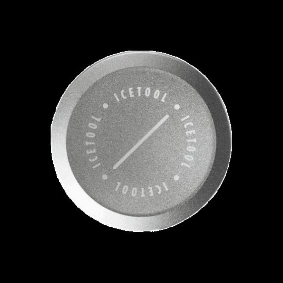 ICETOOL Mini can Svart. Minidosa gjord i aluminium. Främst framtagen för ditt luktsnus, men rymmer även några mini portionssnus. Beställ från Snusfabriken.com